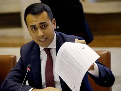 """M5S, la svolta di Di Maio: """"Via il doppio mandato"""""""