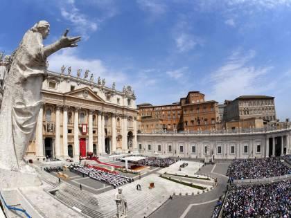 Il Papa sceglie un gesuita per gestire 10 miliardi del Vaticano