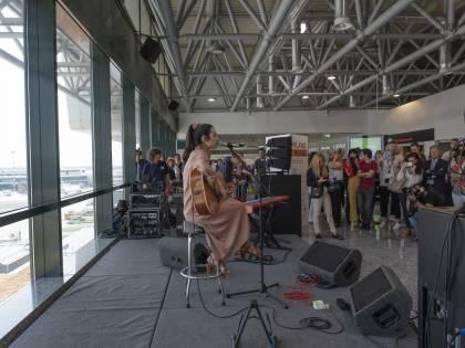 """La Milano Music Week """"decolla"""" a Malpensa con la voce di Levante"""