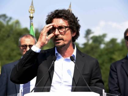 """Toninelli: """"Tav? Noi coerenti, Salvini e la Lega hanno cambiato idea"""""""