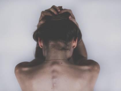 Emicrania, malattia debilitante per il mondo del lavoro