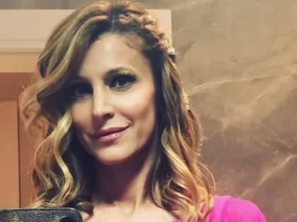 """Adriana Volpe sbotta dopo l'esclusione dai palinsesti: """"L'azienda non mi dedica nemmeno 5 minuti"""""""