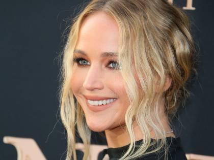 Adele organizza un addio al nubilato per Jennifer Lawrence