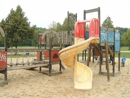Prato, spacciava nel parco giochi: in manette 31enne nigeriano