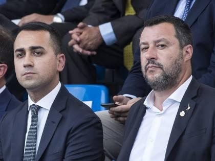"""""""Rissa"""" Lega-Cinque Stelle sul reddito di cittadinanza: """"70% irregolare"""""""