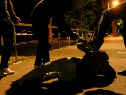 Treviso, violenta aggressione lungo il Sile: è caccia ai responsabili