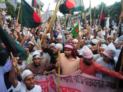 """Bangladesh, folla lincia degli innocenti sospettati di """"rapire bambini"""""""