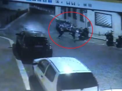 Spunta il video dei ladri in fuga. Sono i killer del carabiniere?