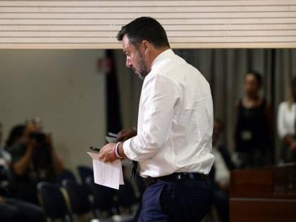 """Salvini sbotta: """"Con gli attacchi M5s non si può lavorare"""""""