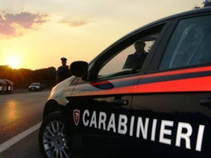 """Frase choc contro i carabinieri: """"Fan bene a darvi 10 coltellate"""""""
