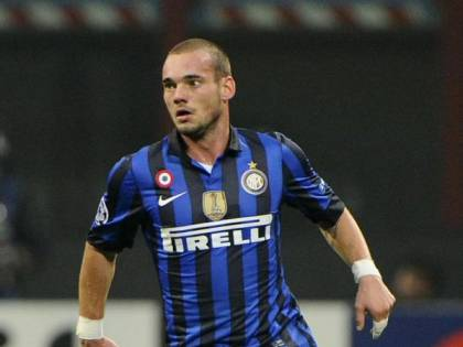 Inter, Wesley Sneijder annuncia il ritiro: vinse il Triplete con i nerazzurri
