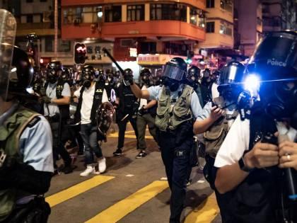 Hong Kong, nuovi scontri in piazza: sale la tensione