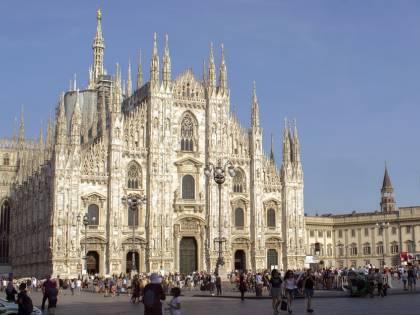 Milano, turiste denunciano per molestie chi le ospita