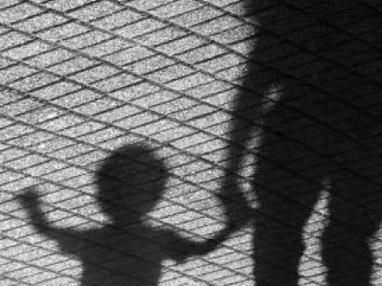 Cosenza, coppia picchia bimbo marocchino perché si era avvicinato al passeggino della figlia