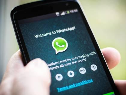 "WhatsApp va in ""down"" In tilt i video e gli audio"