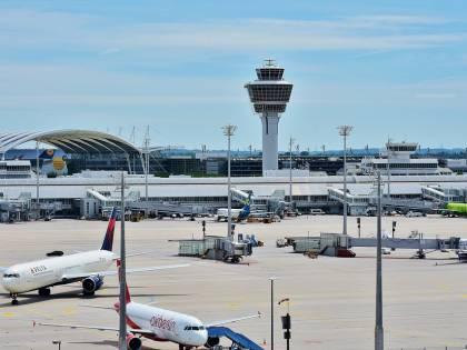 Monaco, aeroporto in tilt: ecco chi è il passeggero che ha scatenato il caos