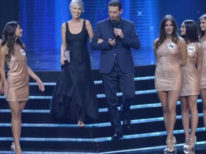 Miss Italia 2019, trionfa la mora Carolina Stramare