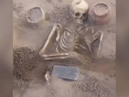"""Quello """"smartphone"""" di 2mila anni fa ritrovato nella tomba"""