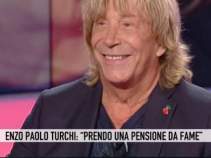 """Enzo Paolo Turchi a Storie Italiane: """"Sono in difficoltà, non si tratta così un artista"""""""