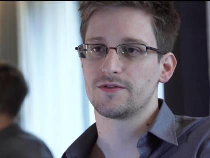 """Quell'avvertimento di Snowden: """"La nostra libertà è in pericolo"""""""