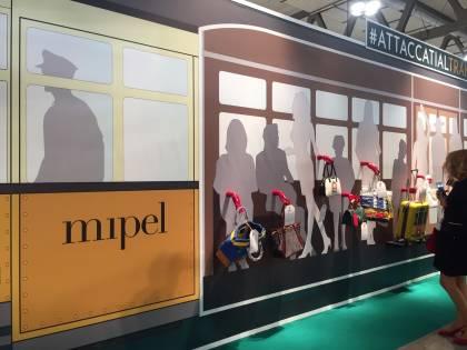 "Mipel, ""borse urbane"" ispirate ai tram di Milano e la scoperta di storytelling made in Italy"