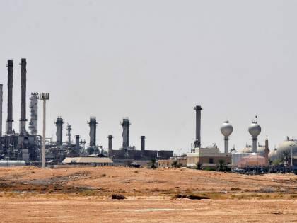 Petrolio choc, quotazioni giù del 30%