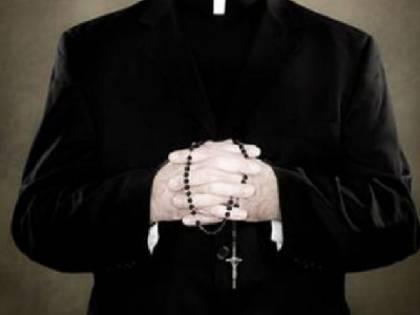 Pedofilia, espulso un gesuita per abusi ai danni di cinque minori