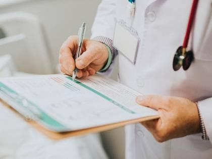 Arriva la svolta salta-fila: esami da medico di base