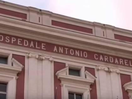 Napoli, detenuto ricoverato in ospedale tenta l'evasione: fermato
