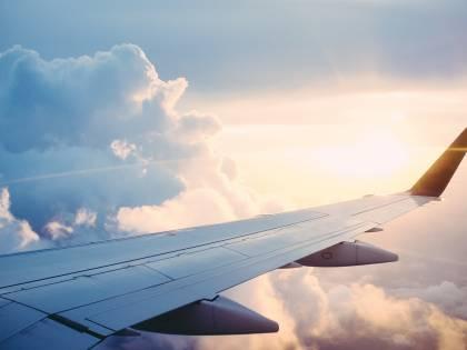 Le spese pazze di Bruxelles sui voli privati