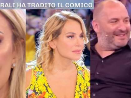 Pomeriggio 5, Elena Morali ha tradito Scintilla? L'ex naufraga finisce in lacrime