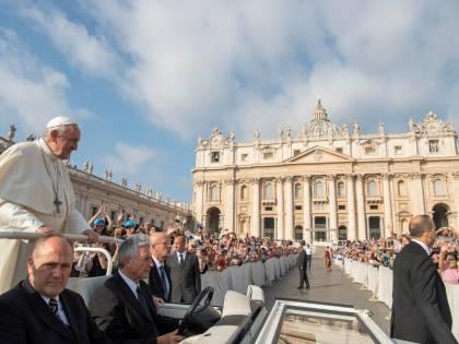 """""""La gestione finanziaria vaticana paga le scelte sbagliate del Papa"""""""