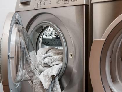 Benevento, prima le scintille nel cestello e poi il boato: la lavatrice scoppia