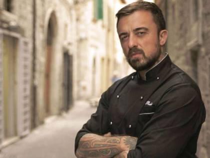 """Chef Rubio deride Salvini per il malore: """"Mostra il referto medico"""""""