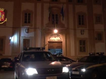 Minacce di morte e violenze contro la moglie, arrestato un palermitano