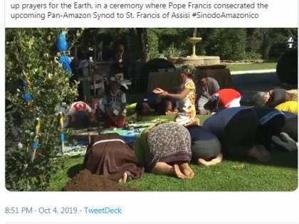 """Bux: """"Nei giardini vaticani si sono inchinati ad una nuova divinità"""""""
