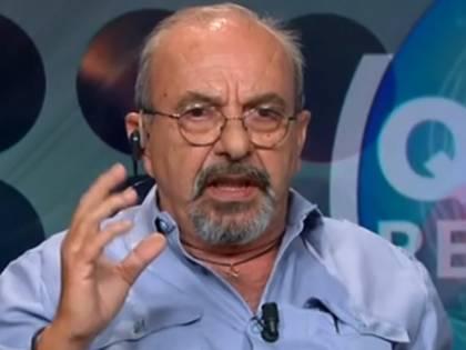 """Vauro insulta due politici di FdI: """"Sono dei pezzi di m..."""""""