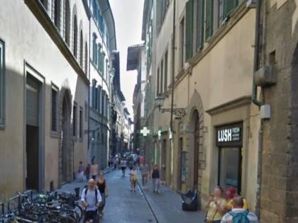 Firenze, turiste prese a pugni e derubate: arrestato marocchino