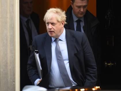 """Brexit, Parlamento vota rinvio: Johnson duro: """"Sarà no deal"""""""