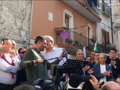 Bari, Emiliano presenta la sua candidatura alle prossime regionali