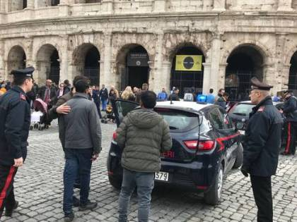 A Roma torna la truffa dei saltafila: ora si fingono dipendenti del Comune