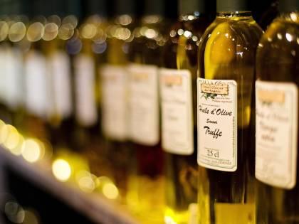 Olio d'oliva: prezzi a picco, piccoli produttori italiani infuriati