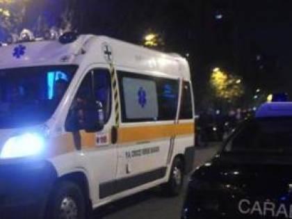 Viene fermato dai carabinieri, ma lui si accascia e muore