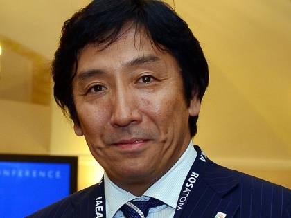 Giappone, ministro si dimette perché accusato di regalare cibo agli elettori