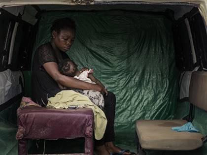 La strage silenziosa di bimbi: così ebola uccide i più piccoli