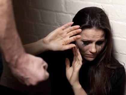 Salerno, abusa sessualmente di una giovane disabile: a processo 39enne