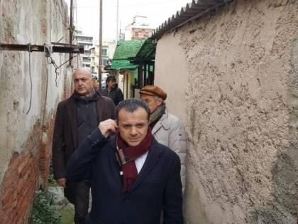 """Il sindaco di Messina: """"Ho la leishmaniosi contratta nelle baracche"""""""