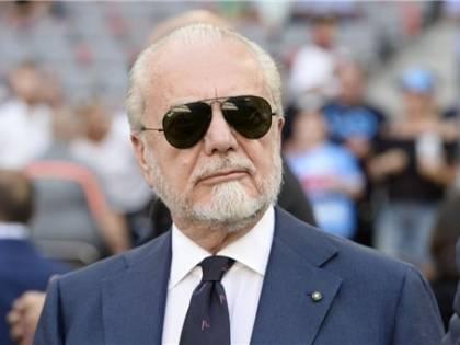 """""""Va indagato per epidemia dolosa"""". Ora De Laurentiis rischia grosso"""
