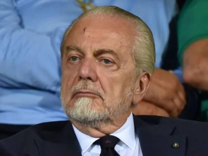 Napoli, la stangata di De Laurentiis: multa da 2,5 milioni ai giocatori