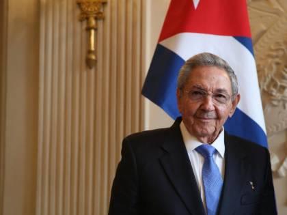 Cuba si arrende alla crisi. Sì alle aziende private (ma si sospetta un bluff)